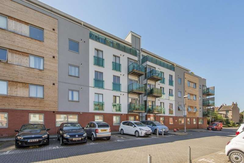 2 Bedrooms Apartment Flat for sale in Evan Cook Close, London