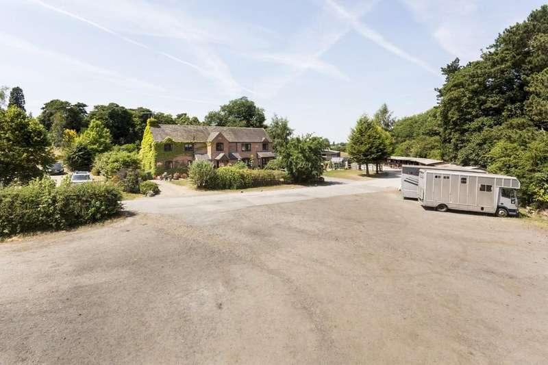 5 Bedrooms Detached House for sale in Etwall, Nr Derby, Derbyshire