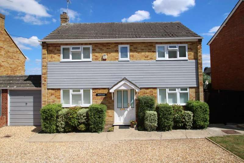 3 Bedrooms Link Detached House for sale in Terrace Road North, Binfield, RG42
