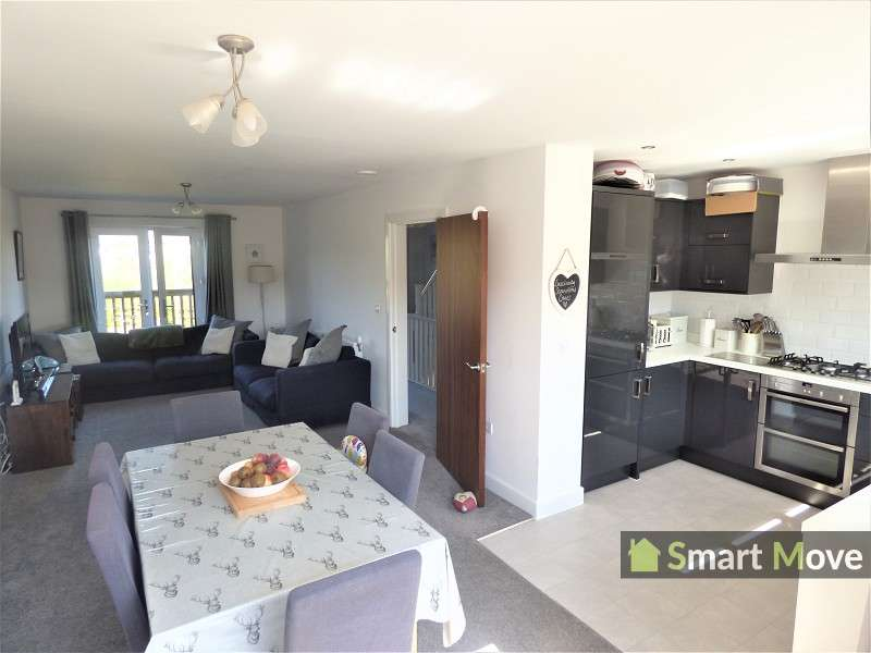3 Bedrooms Terraced House for sale in Hawksbill Way, Peterborough, Cambridgeshire. PE2 8NS