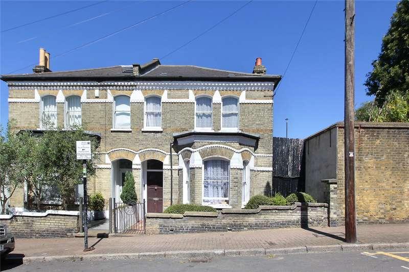 3 Bedrooms Semi Detached House for sale in Belleville Road, Battersea, SW11