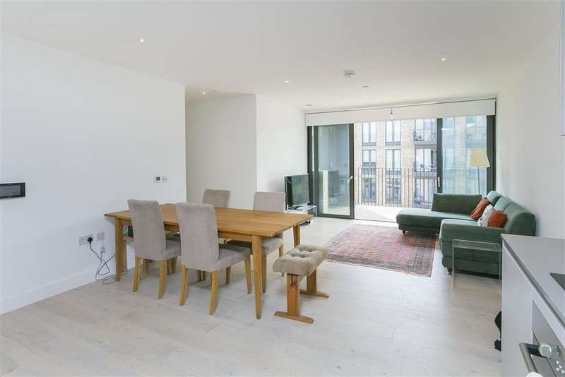 2 Bedrooms Flat for sale in Cobalt Place, SW11