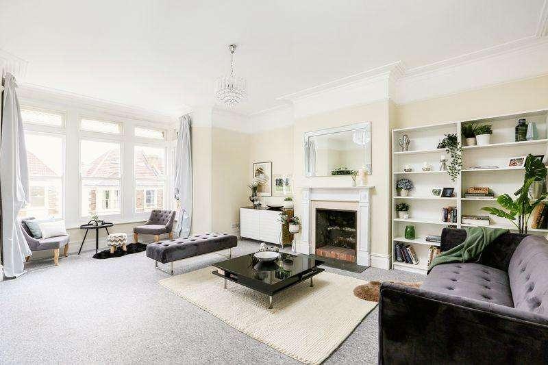 2 Bedrooms Flat for sale in Linden Road, Bristol