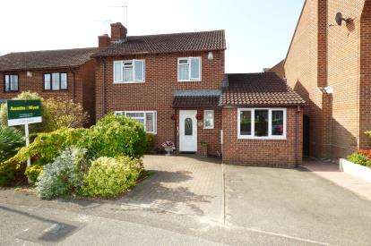 5 Bedrooms Detached House for sale in West Canford Heath, Poole, Dorset