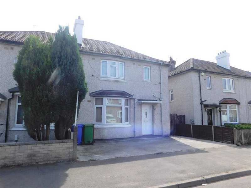 3 Bedrooms Semi Detached House for sale in Southlea Road, Manchester
