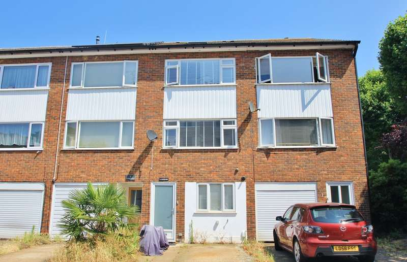3 Bedrooms Terraced House for sale in Surbiton