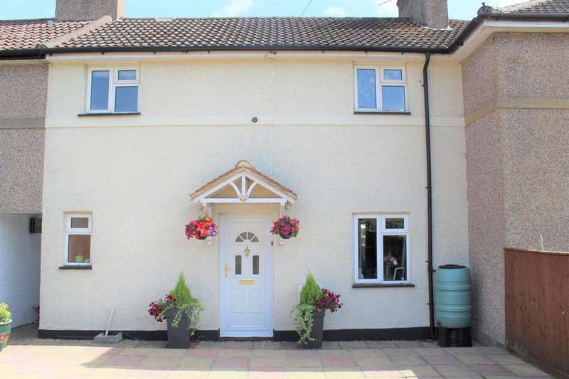 3 Bedrooms House for sale in Little Marlow Road - large south facing garden - off street parking