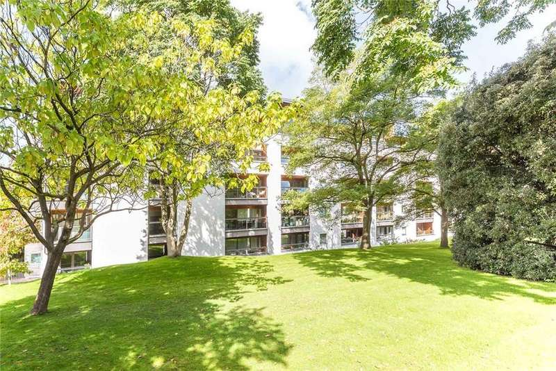3 Bedrooms Penthouse Flat for sale in Century Court, Montpellier Grove, Cheltenham, Gloucestershire, GL50