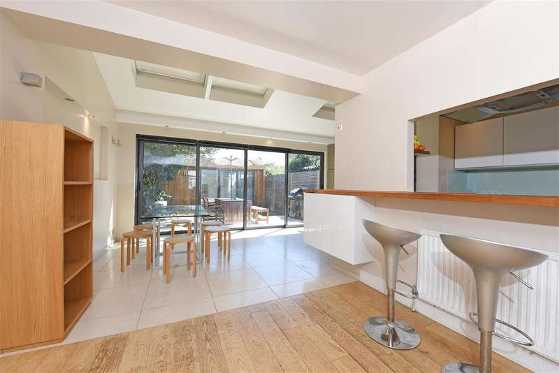 4 Bedrooms Terraced House for sale in Haslemere Avenue, Wimbledon Park