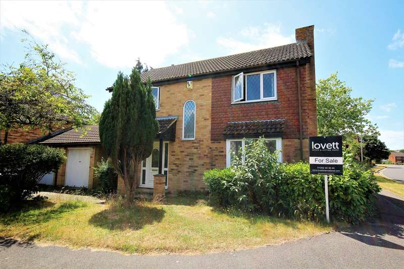 4 Bedrooms Detached House for sale in Trentham Avenue, Littledown, Bournemouth, BH7