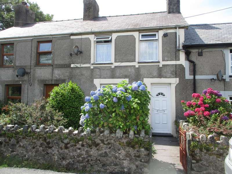 3 Bedrooms Terraced House for sale in Garndolbenmaen LL51