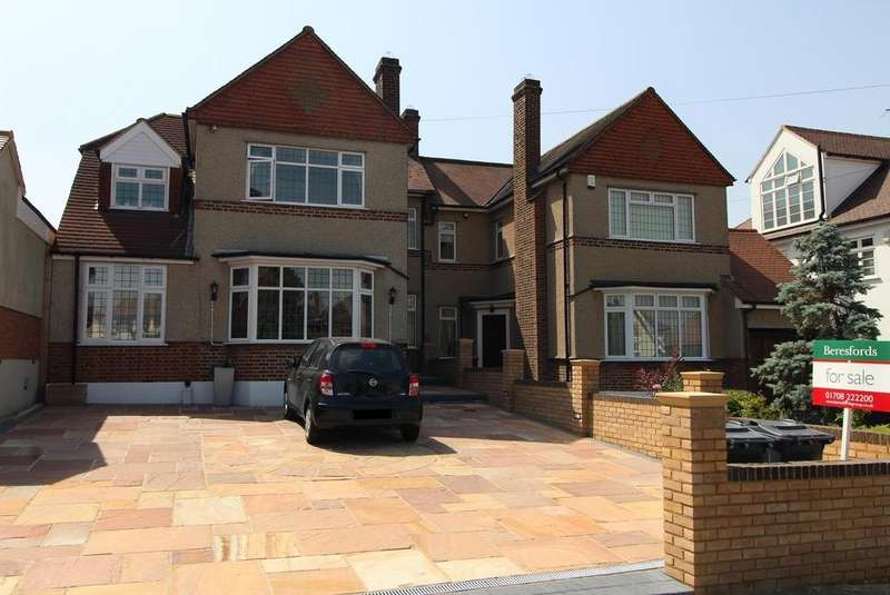 5 Bedrooms Semi Detached House for sale in Waldegrave Gardens, Upminster, Essex, RM14