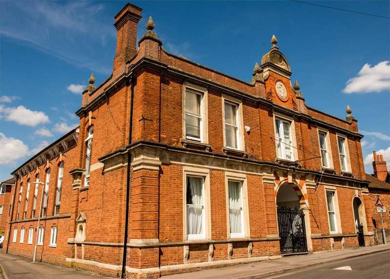 2 Bedrooms Apartment Flat for sale in Oddfellows Hall, Craven Road, NEWBURY, RG14