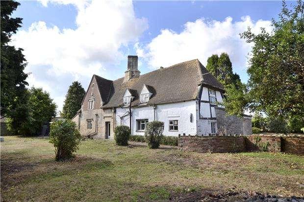 3 Bedrooms Detached House for sale in Quintons Standish Lane, Moreton Valence, GLOUCESTER, GL2 7LZ