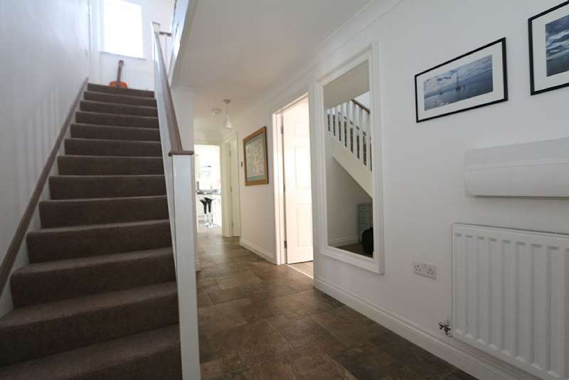 5 Bedrooms Link Detached House for sale in Chapel Road, Tolleshunt D'Arcy, Maldon, Essex, CM9 8TL