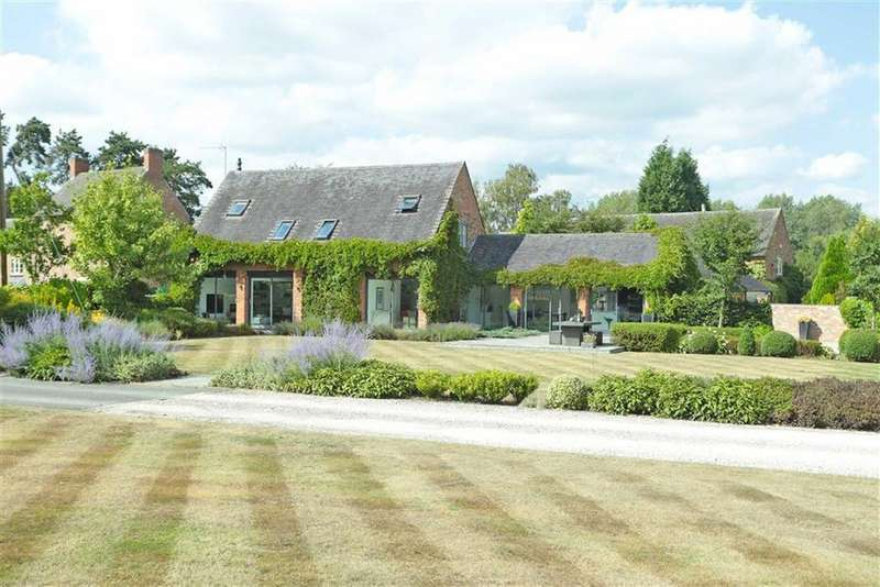 4 Bedrooms Barn Conversion Character Property for sale in Osbaston