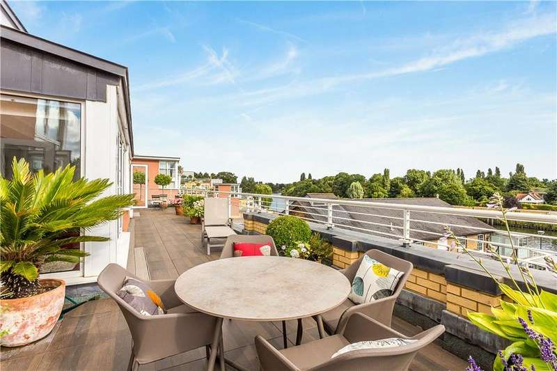 3 Bedrooms Flat for sale in Admiral House, 20 Manor Road, Richmond, Teddington, TW11