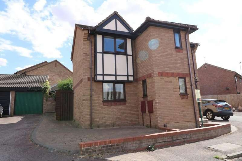 3 Bedrooms Detached House for sale in Watermead, Bar Hill