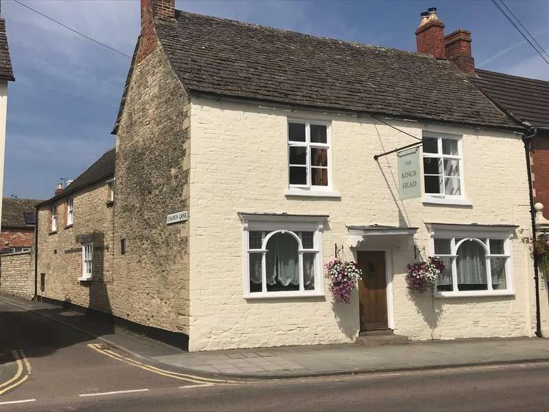 4 Bedrooms End Of Terrace House for sale in High Street, Cricklade