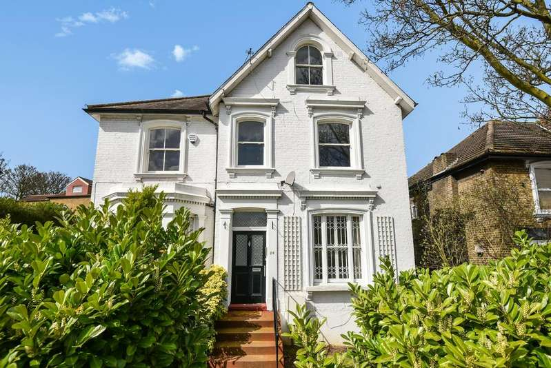 5 Bedrooms Detached House for sale in Clarendon Rise London SE13