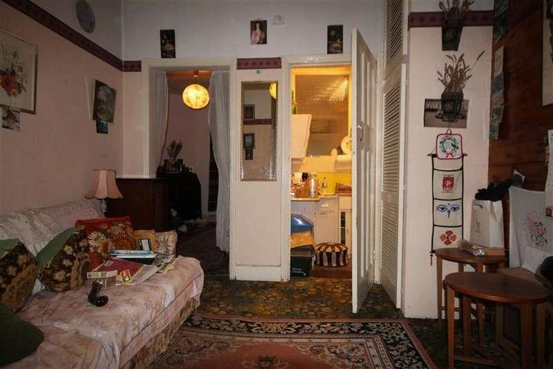 2 Bedrooms Flat for sale in Park View Road, Tottenham, London