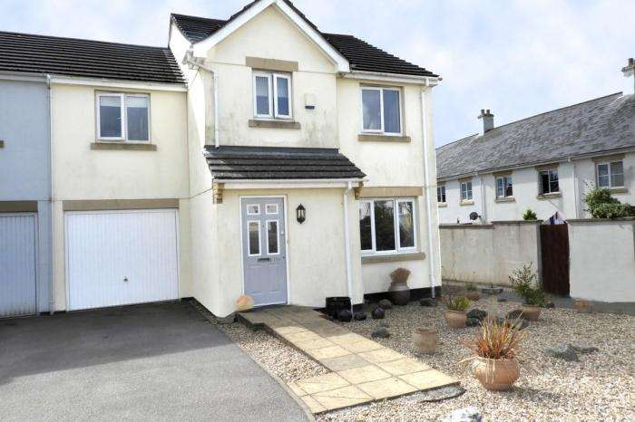 4 Bedrooms Town House for sale in 110 HELLIS WARTHA, HELSTON, TR13