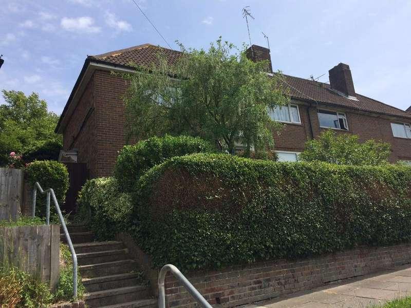 6 Bedrooms End Of Terrace House for rent in Birdham Road, Brighton BN2