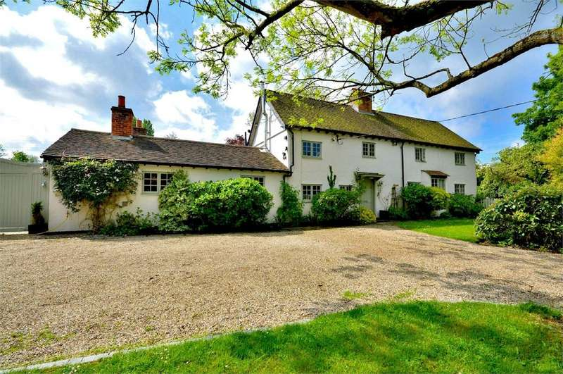 4 Bedrooms Detached House for sale in Debden Green, Nr Saffron Walden, Essex, CB11
