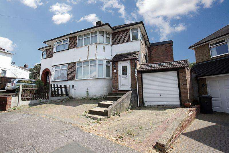 4 Bedrooms Semi Detached House for sale in 4 Bedroom Semi In Felstead Close, Luton