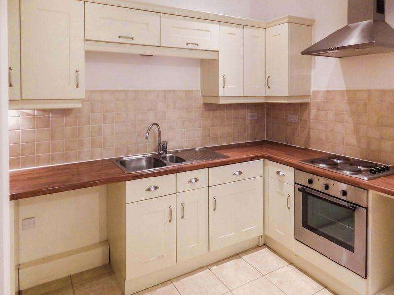 2 Bedrooms Apartment Flat for sale in ***28 Minutes To London St Pancras By Train***