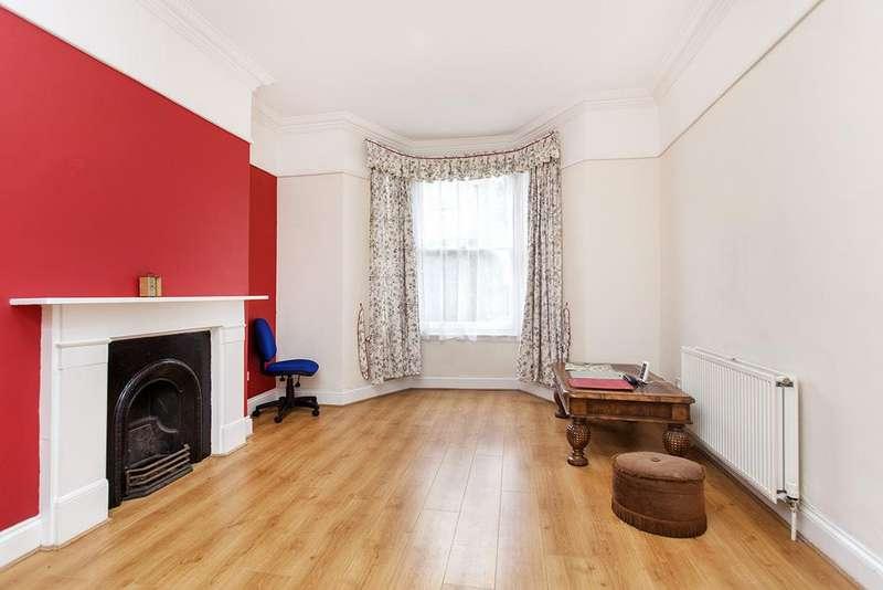 4 Bedrooms Terraced House for sale in Kingsdown Road, London, N19