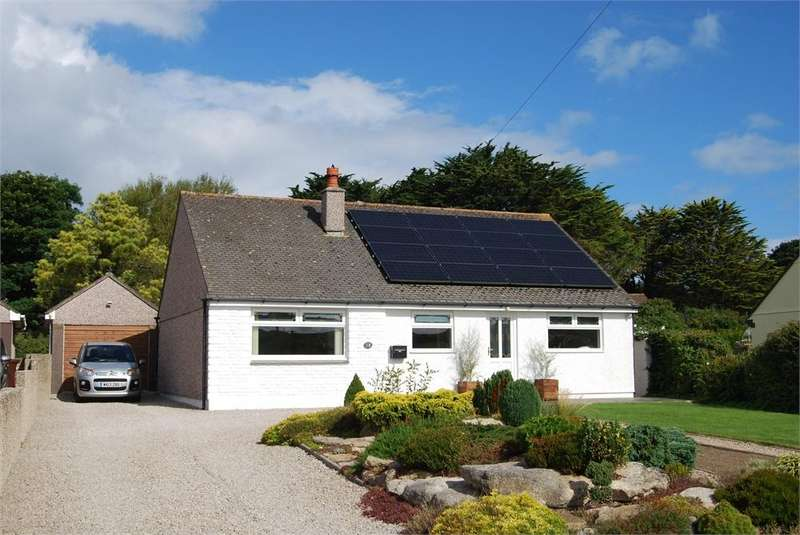 3 Bedrooms Detached Bungalow for sale in Upton Towans, Between Hayle and Gwithian