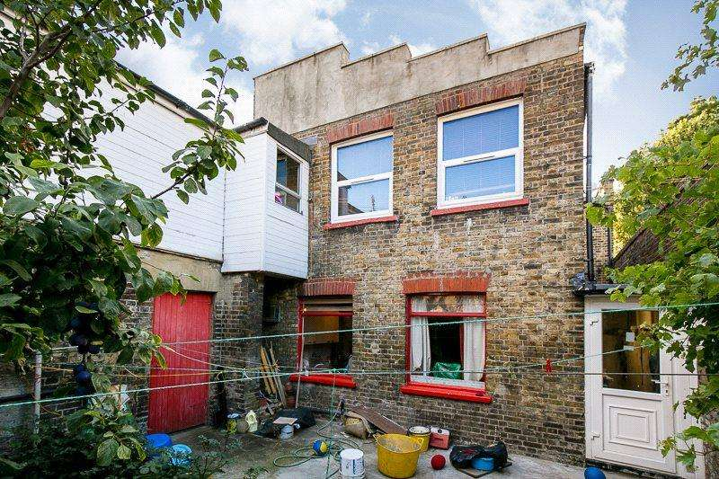 5 Bedrooms End Of Terrace House for sale in Middle Row, London, W10