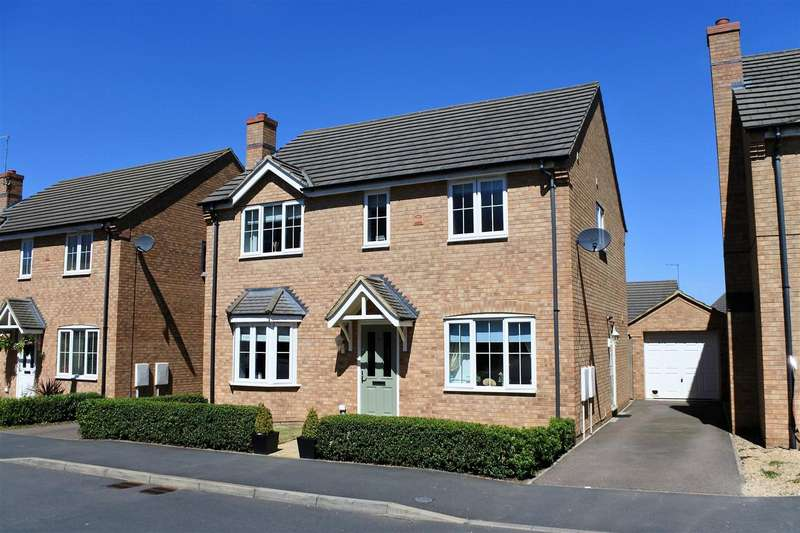 4 Bedrooms Property for sale in Scarsdale Way, Grantham