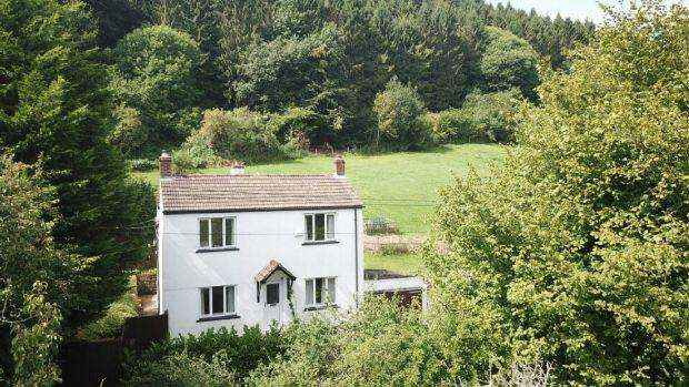 4 Bedrooms Detached House for sale in The Rookery , Jubilee Road, Mitcheldean