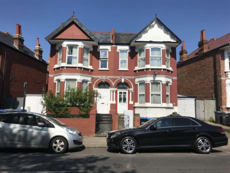 6 Bedrooms House for sale in Harlesden Road, Willesden, NW10