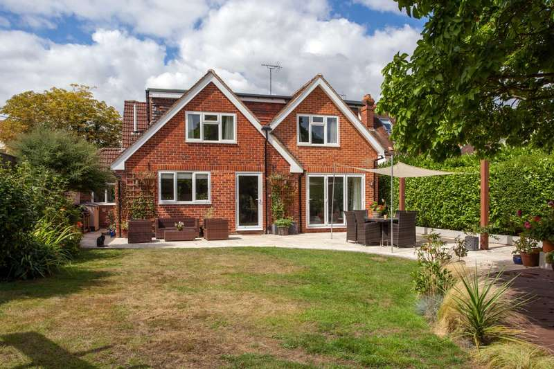 4 Bedrooms Detached House for sale in Sedgewell Road, Sonning Common