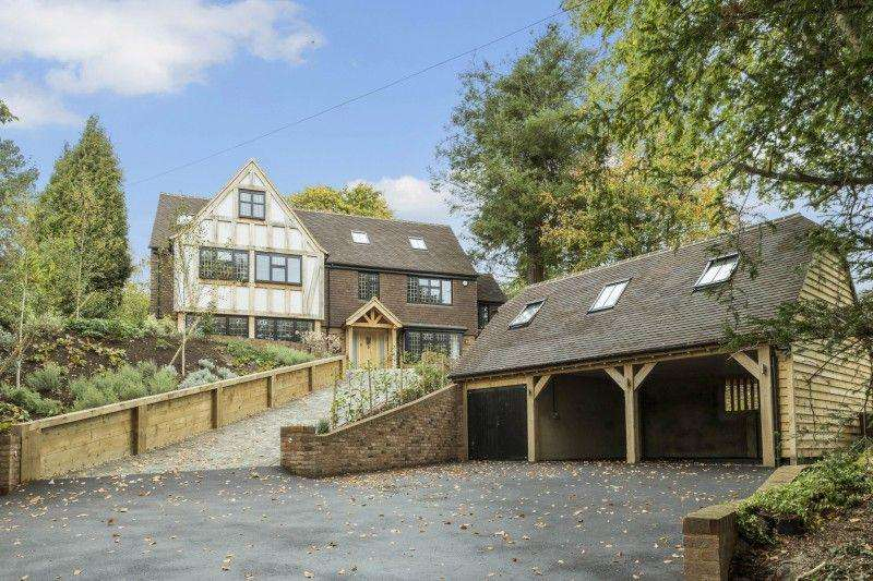 6 Bedrooms Detached House for sale in Guildown Road, Guildford