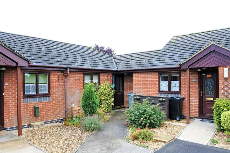 2 Bedrooms Bungalow for sale in Willoughby Close, Corby Glen, Grantham