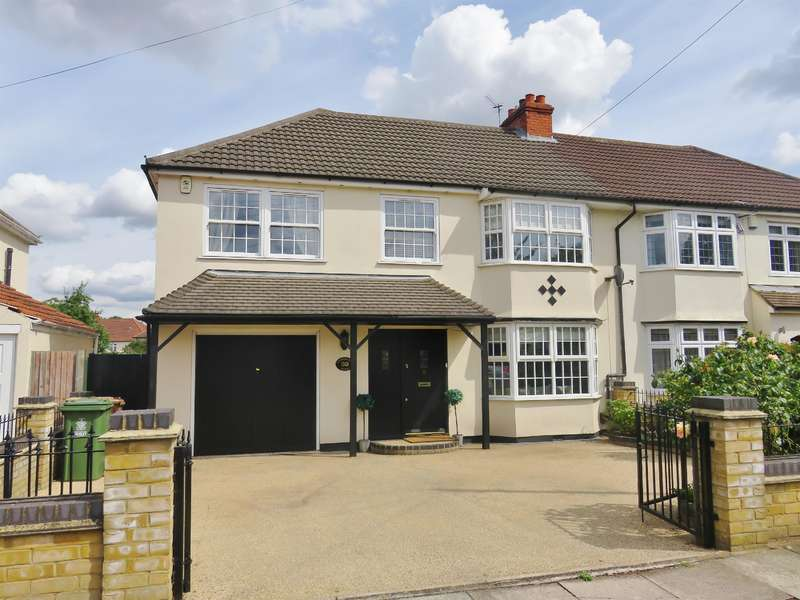 4 Bedrooms Semi Detached House for sale in Lyndhurst Road, Bexleyheath, Kent, DA7 6DG