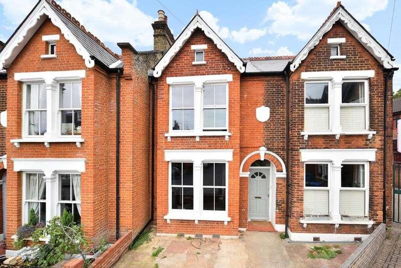 3 Bedrooms Terraced House for sale in Waveney Avenue, Peckham Rye