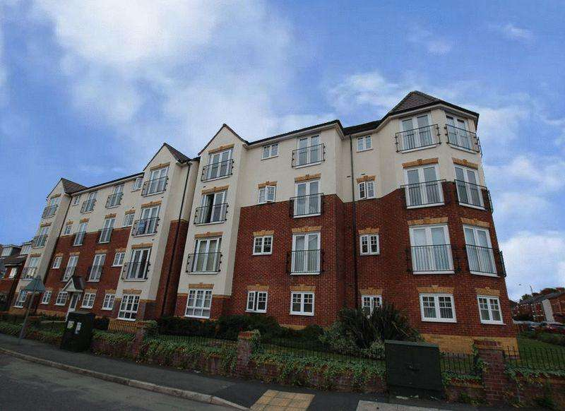 2 Bedrooms Apartment Flat for sale in Kilmaine Avenue, Manchester M9 7FN