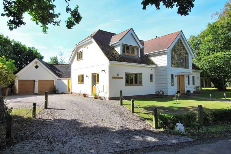 4 Bedrooms Detached House for sale in Cherry Garden Lane, Danbury, Chelmsford, Essex, CM3