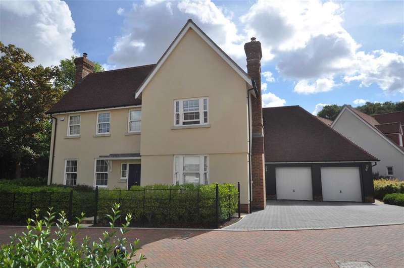 5 Bedrooms Detached House for sale in Old Mill Close, Dunmow