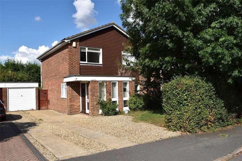 4 Bedrooms Detached House for sale in Lambtons Way, Winslow