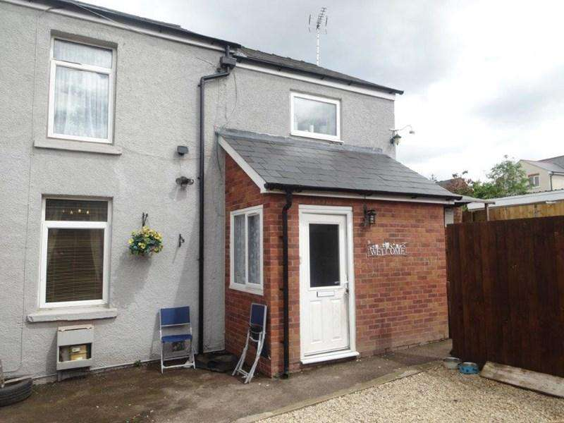4 Bedrooms Semi Detached House for sale in Barley Corn Square, Cinderford