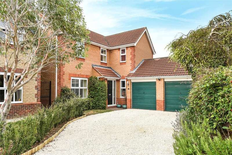 4 Bedrooms Detached House for sale in Centurion Close, Sleaford, NG34