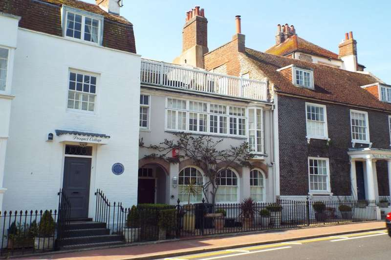 5 Bedrooms Terraced House for sale in The Green, Rottingdean, East Sussex, BN2