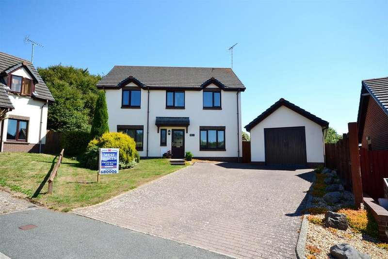 4 Bedrooms Detached House for sale in Charles Thomas Avenue, Pembroke Dock