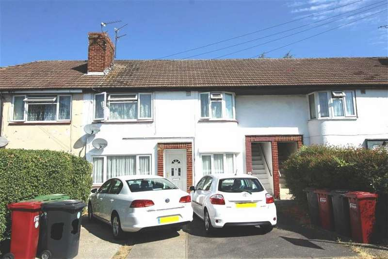 2 Bedrooms Maisonette Flat for sale in Wiltshire Avenue, Slough, Berkshire